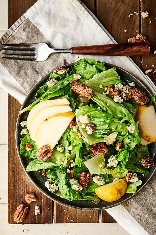 pear, blue cheese, candied pecan salad above