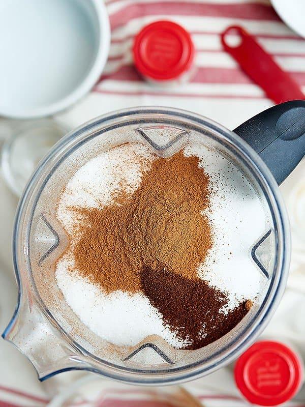 Vanilla chai tea latte ingredients in blender