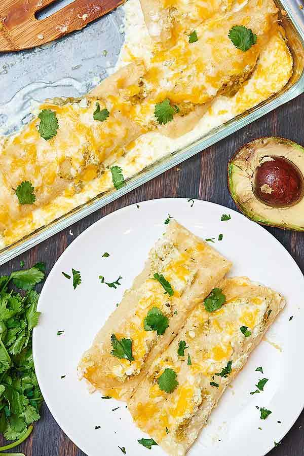 Quick Beef Enchiladas With Salsa Verde Recipes — Dishmaps