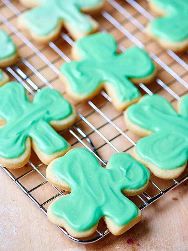 how to make cookie frosting that hardens
