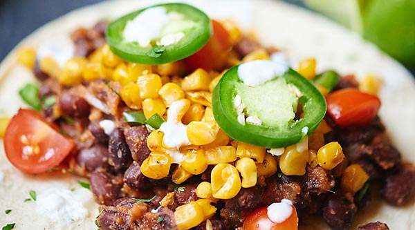 Vegan black bean and roasted corn tacos show me the yummy these easy vegan black bean and roasted corn tacos are so good youll want forumfinder Choice Image