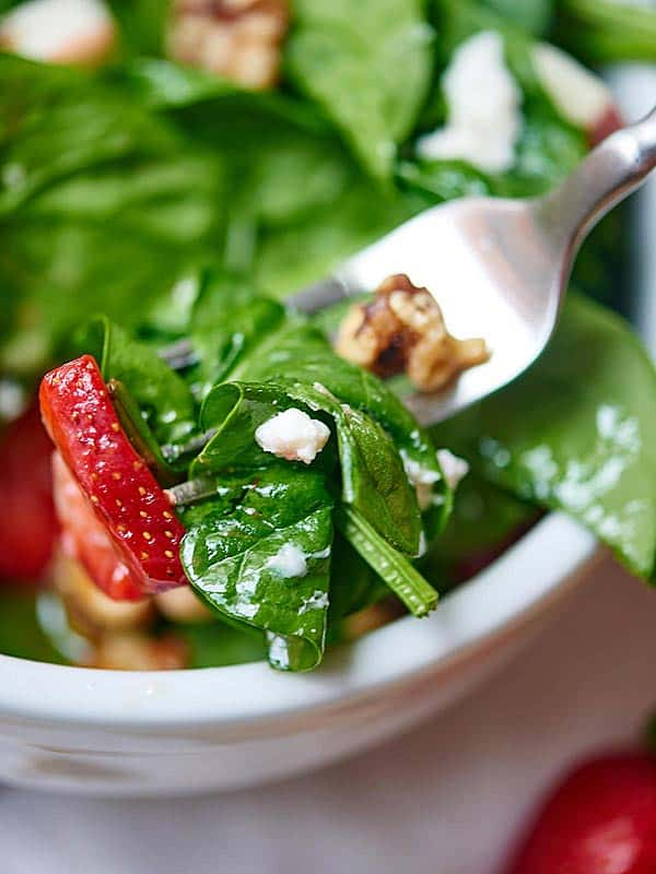Honey Goat Cheese Strawberry Spinach Salad - Show Me the Yummy