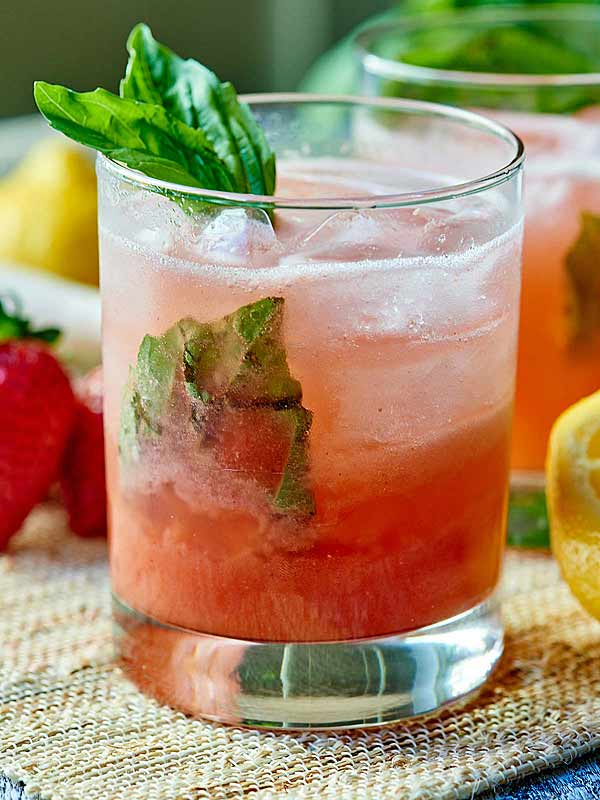 strawberry basil gin cocktail the perfect summer drink. Black Bedroom Furniture Sets. Home Design Ideas