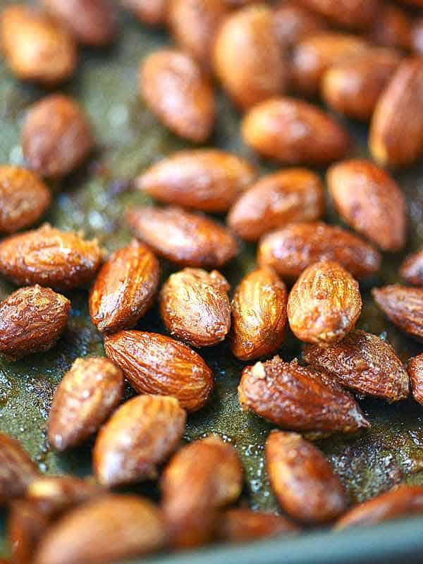 maple roasted almonds