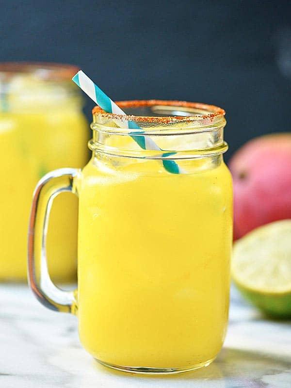 ... Habanero Margarita! showmetheyummy.com #habanero #mango #lime #tequila