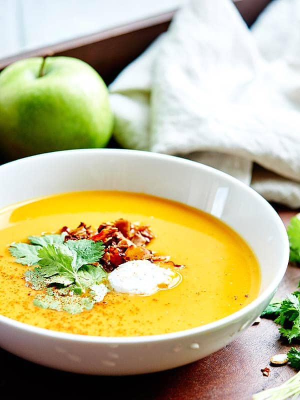 bowl of crockpot butternut squash soup