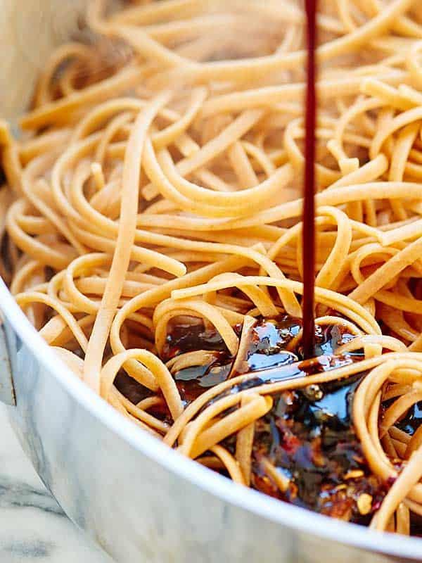 easy asian noodles vegetarian whole wheat pasta. Black Bedroom Furniture Sets. Home Design Ideas