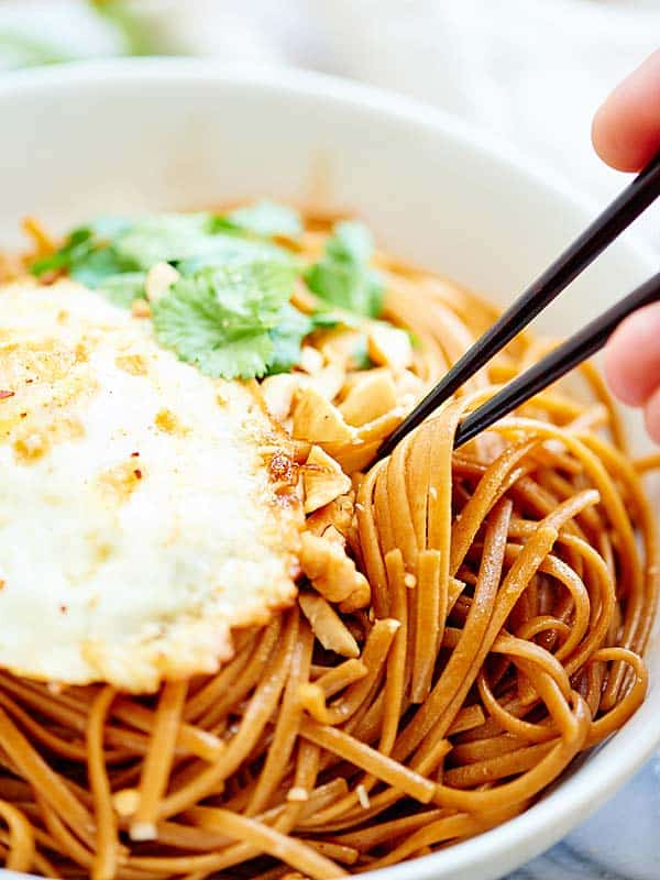 easy asian noodles  vegetarian  whole wheat pasta