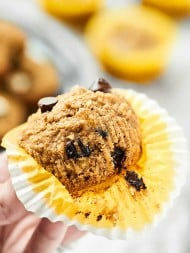 At only 115 calories, these are muffins you don't have to feel bad about! These Skinny Banana Chocolate Chip Muffins are naturally gluten free, vegan, ultra moist, and completely delicious! Nobody will ever guess these are healthy! showmetheyummy.com #skinnymuffins #healthymuffins