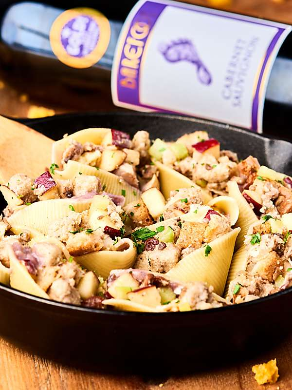 #ad Leftovers just got a makeover with these Holiday Stuffed Shells! Leftover potatoes, stuffing, and turkey get smothered in a red wine mushroom gravy and stuffed into pasta shells! showmetheyummy.com Made in partnership w/ @barefootwine #thanksgivingrecipe #holidayrecipe