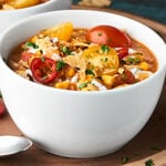 #ad This Healthy Turkey Taco Chili comes together in just over 30 minutes! It's healthy, gluten free, loaded with veggies and lean protein, and absolutely delicious! showmetheyummy.com #SwitchCircle #JennieO
