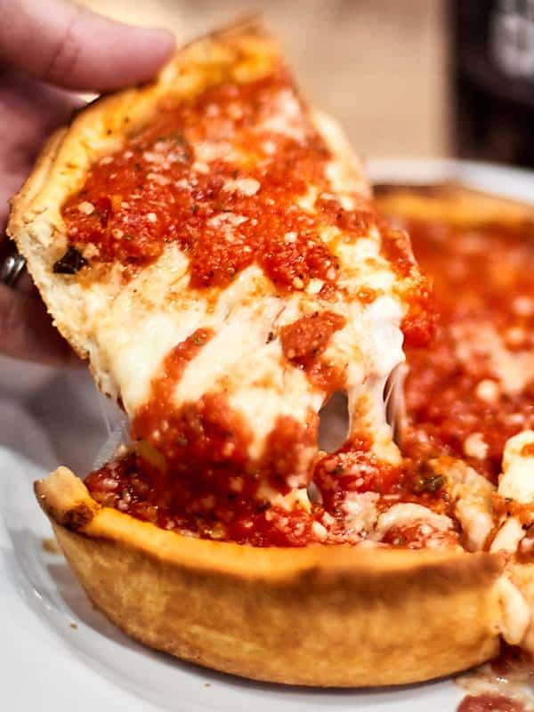 Best Deep Dish Pizza In Chicago Show Me The Yummy