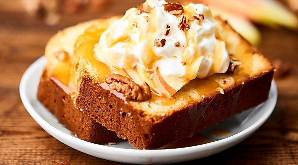 This Cream Cheese Pound Cake Recipe is moist, dense, and full of flavor! Serve with your favorite toppings depending on the season! showmetheyummy.com