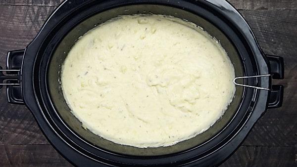 finished crockpot mashed potatoes