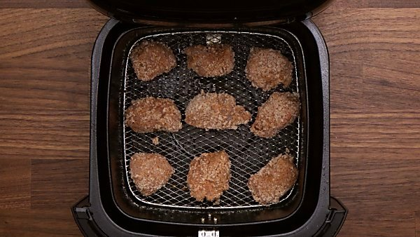 Breaded chicken in air fryer
