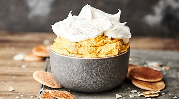 This pumpkin pie dip recipe comes together in a just a matter of minutes and is loaded with pumpkin purée, cream cheese, vanilla pudding mix (my secret ingredient, trust me), spices, and cool whip! Suggestions on cream cheese and cool whip substitutions below!showmetheyummy.com #pumpkin #pie #dip #dessert #pumpkinpiedip