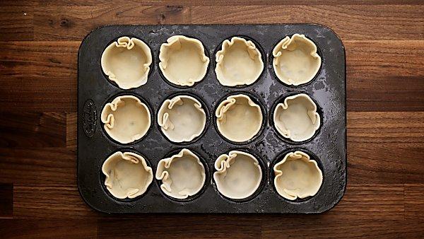 pie crust in muffin tin