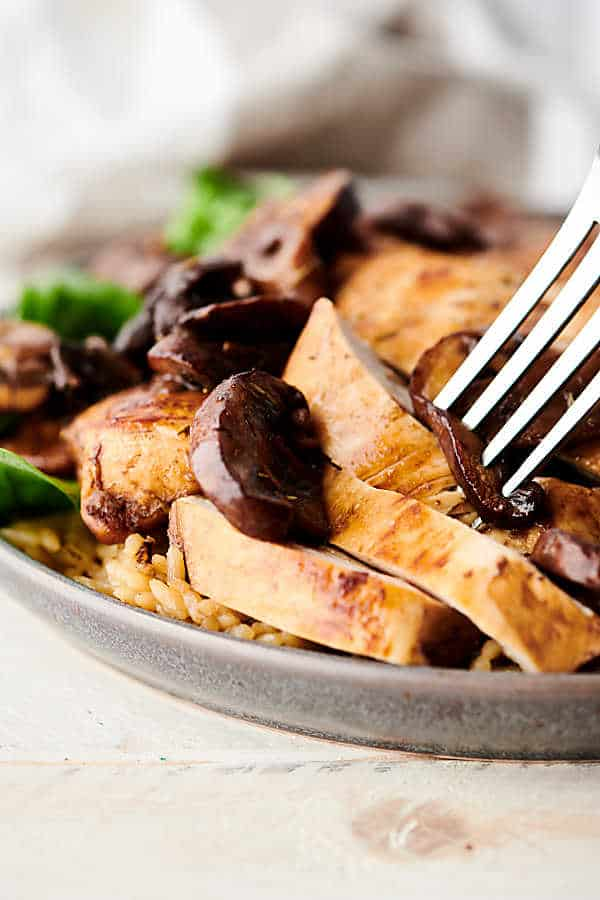 one pan balsamic chicken close up
