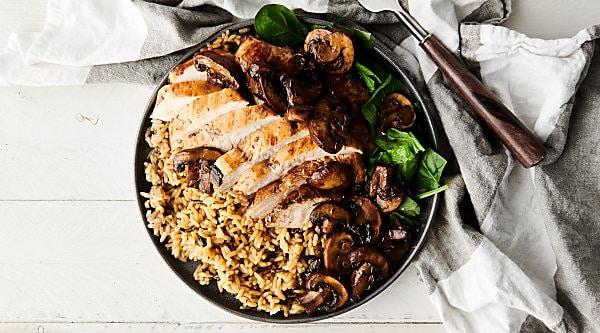 one pan balsamic chicken horizontal