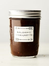 balsamic vinaigrette in mason jar