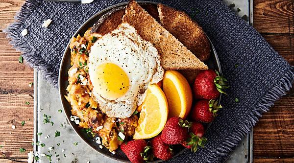 Cheesy Pork and Potato Breakfast Skillet horizontal