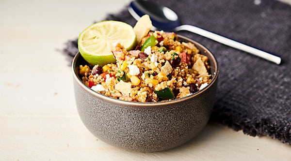 Easy Mexican Quinoa Salad horizontal