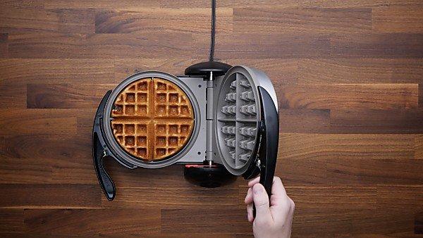 Finished waffle in waffle maker