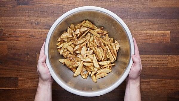 Apple crisp filling in bowl