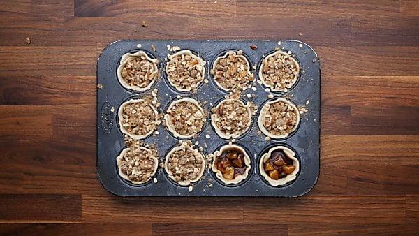 crumb topping on mini apple pies