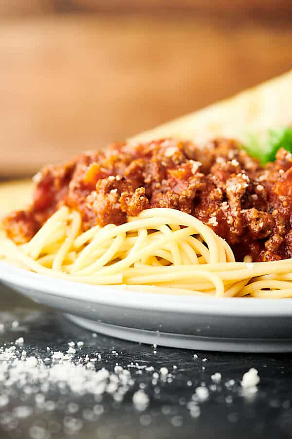 spaghetti bolognese on plate