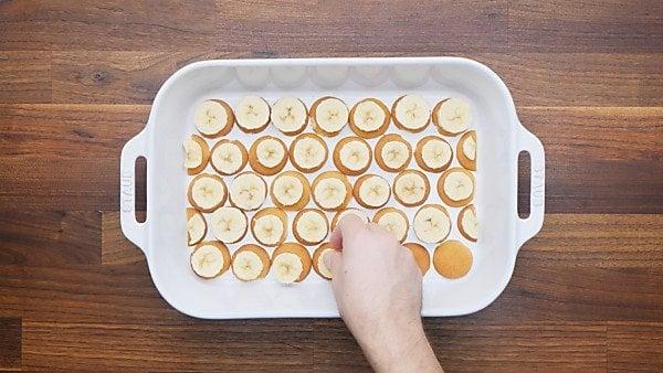 vanilla wafers and bananas layered in baking dish
