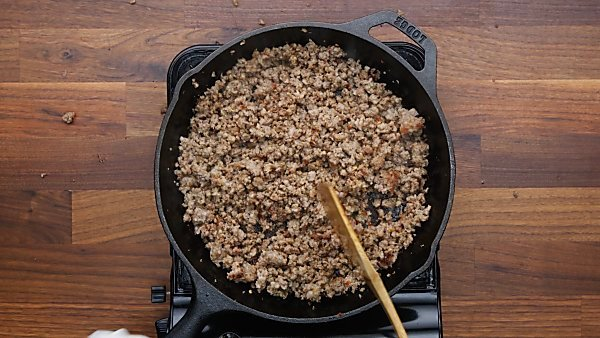 cooked breakfast sausage in skillet