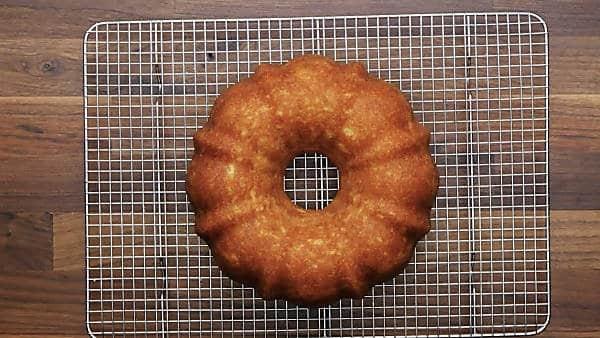 7up pound cake on cooling rack