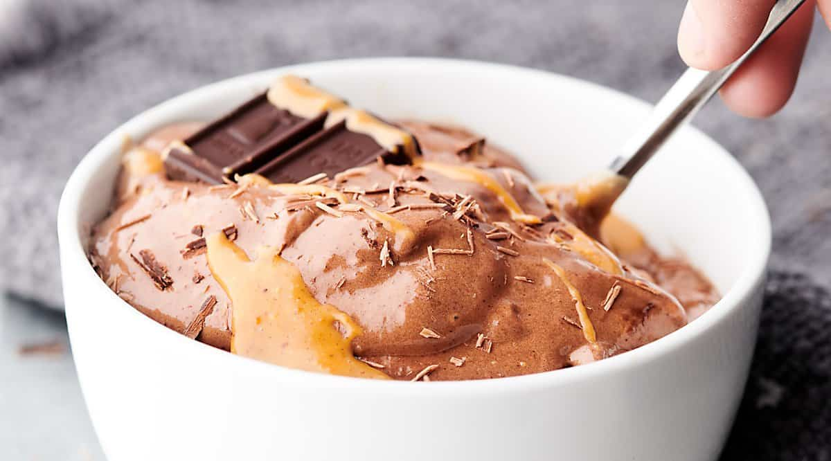 bowl of healthy chocolate peanut butter banana ice cream