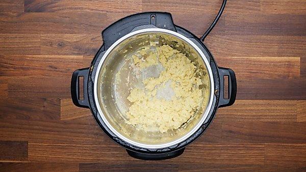scrambled eggs in instant pot
