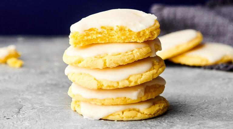lemon cookies stacked