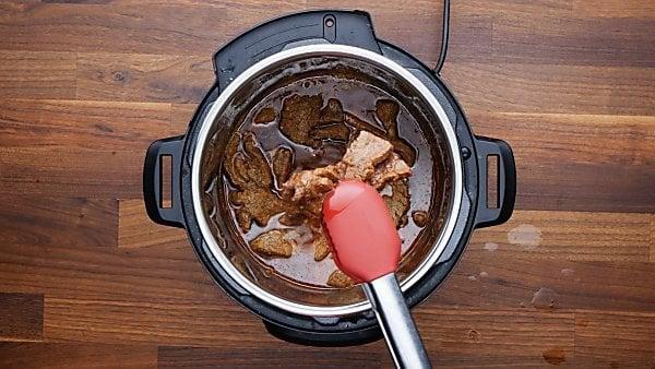 finished instant pot carne asada being served