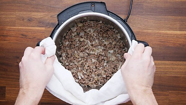beef and onion cooked in instant pot