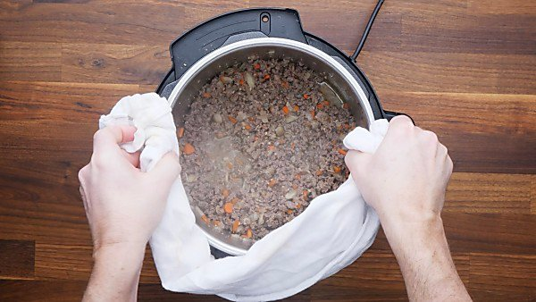 beef and veggies cooked in instant pot