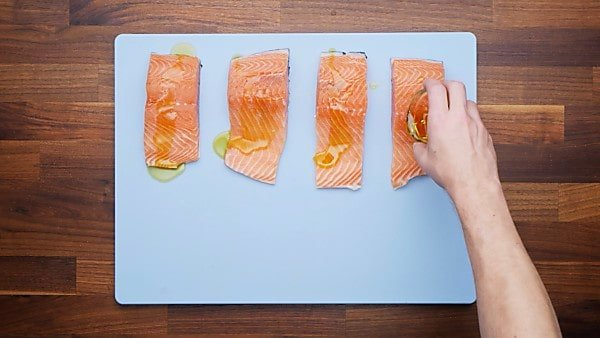 salmon with olive oil and salt