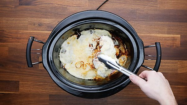 finished chicken parmesan in crockpot