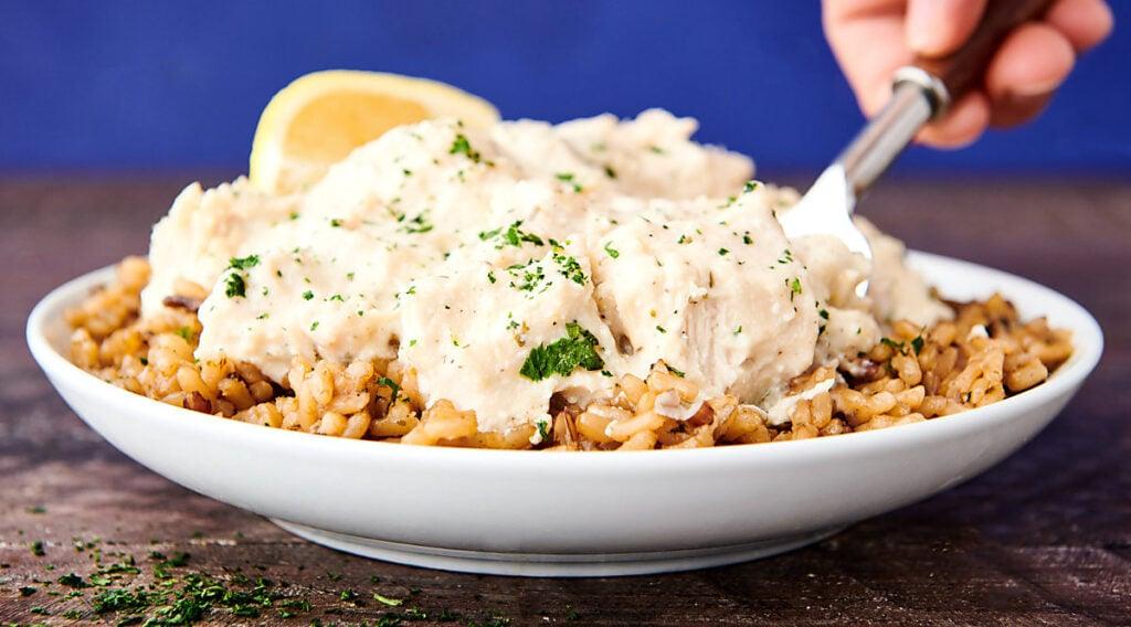 plate of crockpot lemon chicken and rice