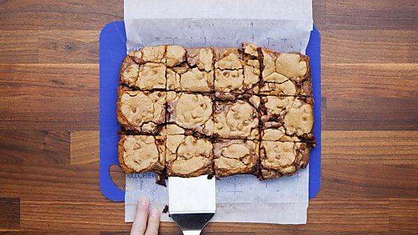 finished brookies on cutting board
