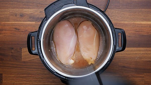 chicken breast and broth in instant pot